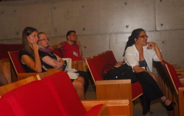 24/10. Elena Lombardo, Bruna Baldini de Miranda, Maria Clara PIaixão de Sousa; Mesa dos Historiadores (debates). Foto: Jorge Viana.