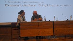 25/10. Dov Winer, Maria Clara Paixão de Sousa, Conferência (debates). Foto: Jorge Viana.