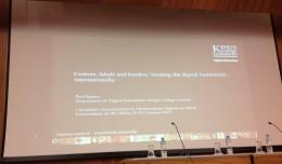 24/10. Slides de Paul Spence, Conferência. Foto: Dália Guerreiro.